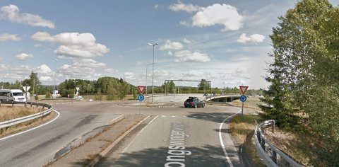 REHABILITERES I SOMMER: Rundkjøringa på E16/Kongsvingerveien skal rehabiliteres med start 24.juni.