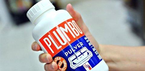"""Det er funnet """"bomber"""" laget av Plumbo på skoleområder i Sande."""