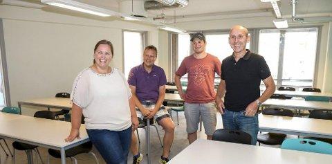 Klare regler: Rektor Hanne Tulluan (fra venstre) og de ansatte Nils Sanne og Magnus Vøllo må underskrive på at de er lojale overfor verdidokumentet, men de må ikke være enige i alt innholdet, ifølge misjonssambandet. Til høyre skolens styreleder Jens Espeland.