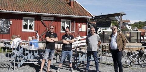 SAMARBEIDER: Prom-Art Norway som er Marius Nilsen  Tom Andreassen og Ulf Myhre har begynt å samarbeide med Haakon Selmer Olsen (nummer to fra venstre) om konserter i Sponvika.