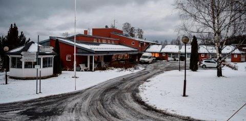 LIVSGLEDEHJEM: Mandag feiret Østre Toten kommune at Kapp bo- og servicesenter er blitt et Livsgledehjem. Om noen uker skal alle beboerne flyttes ut og driften avvikles.