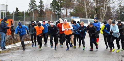 TUNGE FORHOLD: Det var 25 deltakere i Torsdagsløpet denne uken.