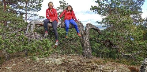 Nytt år: Oda Gjerdahl og Hedda W. Pettersen på Langmyråsen. – Vi gleder oss til neste sesong, Trude Hansen Tur-o ansvarlig BOS.