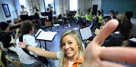 RUDREVYEN: I to år var Nicoline danser i Rudrevyen, før hun i 2008 var revysjef. Mye av grunnlaget for artistkarrieren ble lagt her.