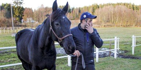 JUBEL MÅ VENTE: Fredrik Solberg og teamet rundt B.B.S. Sugarlight må bli hjemme fra Göteborg i helgen.