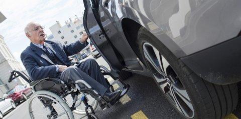 FLERE ELDRE: Det er et mål om at flest mulig eldre skal bo hjemme. Da er en fleksibel transportordning et godt helsetiltak, mener Horten Høyre.