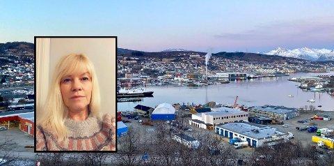 80 ÅR: Selgeren klarte å snakke seg forbi og inn til den 80 år gamle moren til Marianne Karlsen Pywellie.