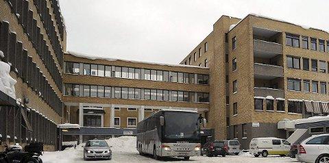 UNDERSKUDD: Kongsberg sykehus ligger noe bak budsjettkravene for 2015 og fortsetter effektiviseringsarbeidet.