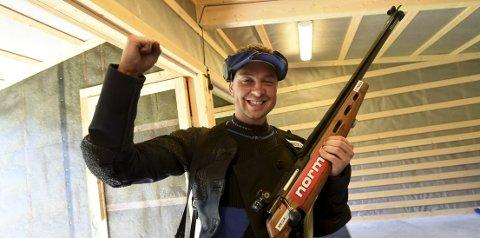 GLAD: Ole Kristian Bryhn prikket inn 35 fulltreffere på Hvilarmoen lørdag og satte ny banerekord.foto: ole john Hostvedt