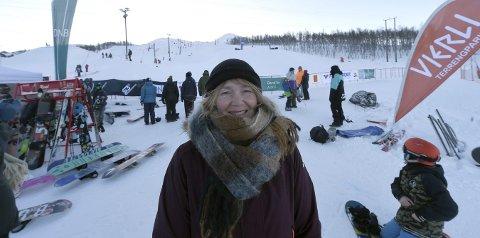 STOLT: Hege Steffensen, lederen i KIF snowboard, roser medlemmene for en fantastisk innsats.FOTO: OLE JOHN HOSTVEDT