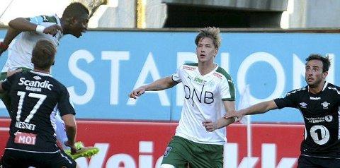 STORSPILTE: Ole Erik Midtskogen spilte en meget god kamp for grønnbuksene mot Sarpsborg 08. (Arkivfoto: Anita Høiby Gotehus)
