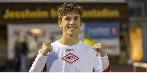 UVIRKELIG: Fredag 6. august knuste Andreas Fjeld Halvorsen rekorden. Han er den raskeste av alle i 16-årsklassen på 3000 meter.