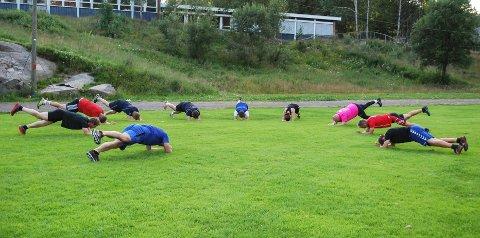 KNALLHARDT: Kenneth Hansen setter opp harde treninger hver tirsdag.