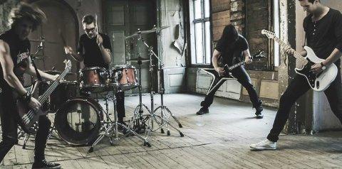 NY VIDEO: Låta «Fifth Estate» med bandet Tonic Breed har fått musikkvideo. Den slippes i morgen, og kan ses på YouTube. foto: Pressebilde