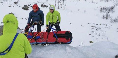REDNING: Solvor og Erik Mowinckel Småkasin fra Sauland er frivillige i Norsk Alpin Redningsgruppe som redder folk i nød i bratte skrenter der andre ikke kommer fram. (privat)