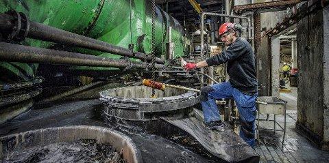 Fylte 100 år i 2016: Kronos Titan er en av de eldste bedriftene i Fredrikstad og har nå rundt 170 ansatte. Bedriften skaper også et stort antall arbeidsplasser i næringsklyngen på Øra, i service og hos underleverandører.  (Arkivfoto: Geir A. Carlsson)
