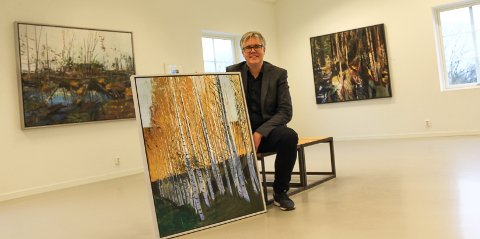 Galleri Røed: – Besøket har vært over all forventning, sier  Eirik Solum med bilder av Odd Skullerud