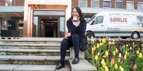 Stolt og spent: 24. august er det premiere på Pinocchio i nye Rådhusteatret. Marianne Mørk kan nå se tilbake på 25 år med sitt eget barne- og ungdomsteater. FOTO: ROLF-OTTO ERIKSEN