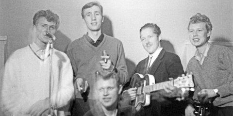 Musikk Weekend ble en suksess. Paul Weeden, en amerikansk jazzgitarist som hadde spilt med storheter som Jimi Hendrix, Wes Montgomery, Coleman Hawkins, og Dexter Gorden kom og var med.   Kilde: Teledølen – en historieforteller)