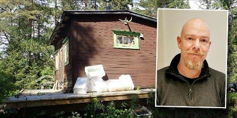 Vidar Sørum ønsker å få revet denne hytta for å bygge enebolig på tomta. Men kommunen har sagt nei. Nå skal bygningsrådet behandle klagen.