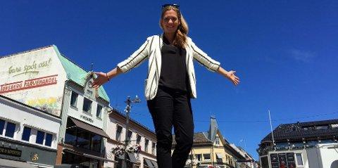 FOLK KJENNER SEG IGJEN: - Med de visningstallene vi ser nå tenker jeg at vi har truffet en fin nerve i forhold til hva folk kjenner seg igjen i i Tønsberg-regionen, sier Charlotte Svensen.