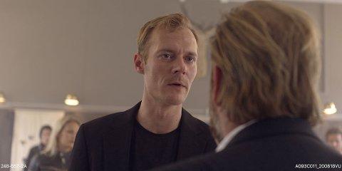 Karakteren fremstår passiv ved første øyekast: – Men så skjer det ting, sier Hodneland.