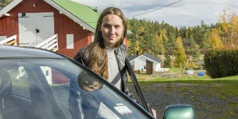 KJØRER GJERNE TIL DRAMMEN: Aina Warhuus tar mer enn gjerne kjøreturen til legevakt i Drammen i stedet for Ringerike, ettersom Drammen sykehus har egen barneavdeling.
