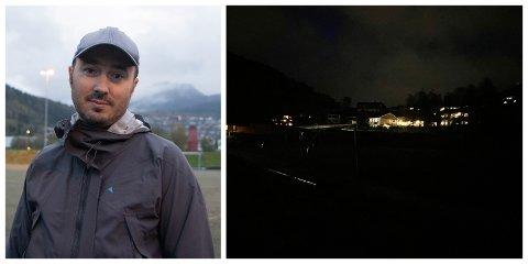 BEKMØRKT: Slik ser bana på Haugum ut rundt klokka 20.30 på kvelden. Trenar for G12 laget som høyrer til Førde barneskule ser seg derfor nøydd å flytte treningane til Førdehuset inntil lysa på Haugum blir slått på igjen.