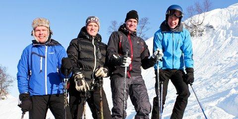 """Espen Øvstebø (t.v.), Per Bjarne Johan Gilja, Bjørnar Gilje og Kåre Gilje fra Gilja kjenner trekket som """"sin egen skibukselomme""""."""