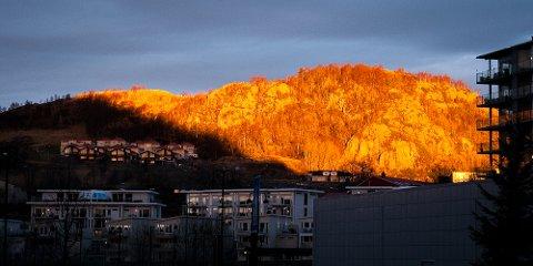 Gyllent øyeblikk over Ålgård