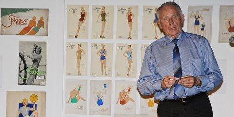 Tolleiv Bjerkreim la blant annet ned mye arbeid i å samle inn produkter fra DFUs badedraktkolleksjoner.