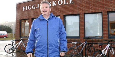 Arne Raunholm trenger ny skole for å få plass til alle elevene som skal gå på Figgjo skole i 2020.