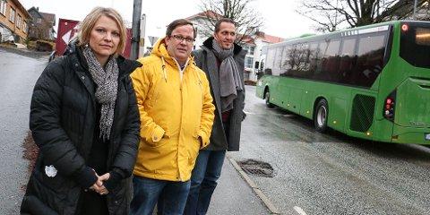 Anne Merethe Tolo Øvstebø og Lars Arne Ueland fra Ålgård FAU har alliert seg med Andreas Eidsaa jr. i Gjesdal KrF, og krever gjennomkjøring forbudt for tunge kjøretøy i Rettedalen.