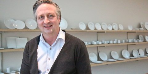 Simmer Vikeså har hatt et travelt år, men tror 2014 vil by på gode muligheter for porselensfabrikken.