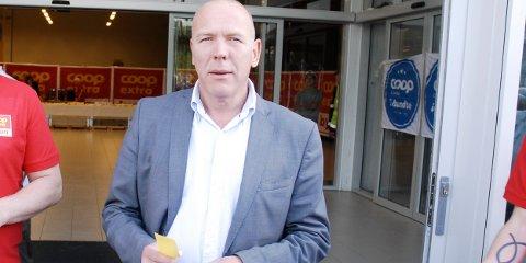 Knut Mjølhus i Coop Gjesdal er fornøyd med drifta i månedene som er gått siden Coop Extra åpnet. Bildet er tatt under åpningen i september.