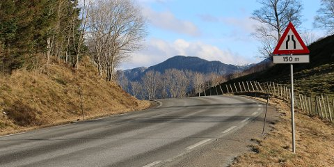 Fylkesvei 45 skal flere steder få bedre standard, blant annet på Lomeland.