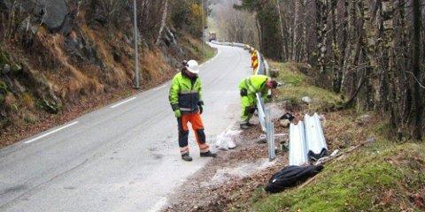 Et par hundre meter nytt autovern langs Giljastølsveien vil forhåpentligvis gjøre strekningen sikrere mellom Mulebakken og bygda.