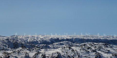 Slik ser Fred. Olsen Renewables AS for seg at vindparken vil se ut om man ser den fra Fannafjellet.