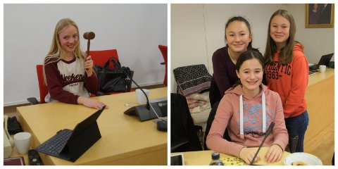 ENGASJERT UNGDOM: Marie Ensrud (til venstre) er datter av varaordfører Andreas Ensrud. Ida Engerdalen prøvde stolen til mamma Vibeke. Hun er flankert av venninnene Eva Elisabeth Øhrling Sørli (til venstre) og Sol Angelica Westerlund.