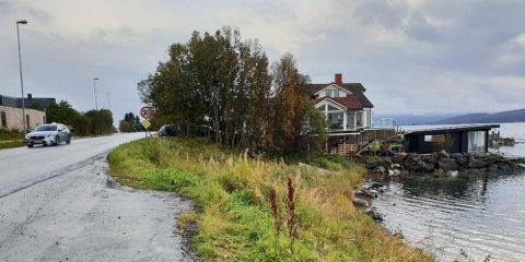 STRANDSTRID: I Tromsø har saken om ei badstu i Kvaløyvegen vært et kjent eksempel på strid om bygging i strandsonen. Nå vil regjeringa myke opp reglene hovedsakelig for å bidra til næringsutvikling og etablering av arbeidsplasser.