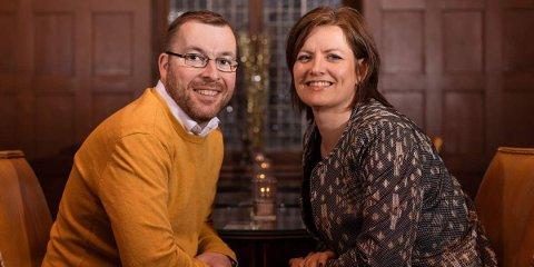 Linda Mai Helmersen Wiseth, her med sin mann Rune Wiseth, er vertskap på Bortistu Gjestegård i Oppdal.