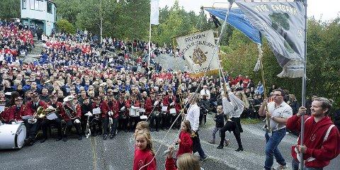 Fult: Slik ser det ut når 1500 korpsdeltagere samlet seg på Tusenfryd lørdag.alle foto: Ole Kr. Trana