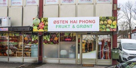 NYETABLERT: Enkeltpersonforetaket Østen Hai Phong Frukt & Grønt er ett av 32 selskaper som har etablert seg på Øyene så langt i 2020.