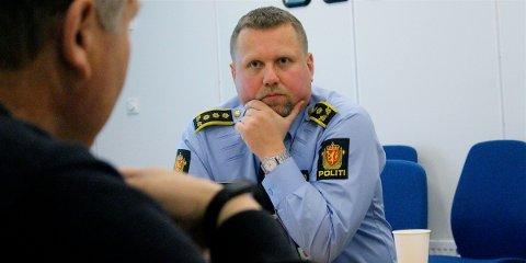 FÆRRE INNBRUDD: Politistasjonssjef Kjetil Andersen presenterte krimstatistikken for driftsenhet Sandnes som består av Sandnes og Gjesdal kommune.