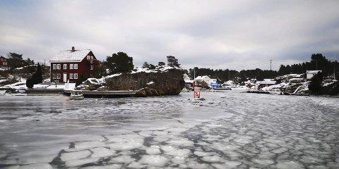 Her ved inngangen til Sandøykilen så det slik ut fredag formiddag.