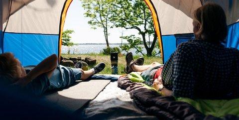 KORTREIST FERIE: Du trenger sjelden å reise langt for å finne en campingperle.