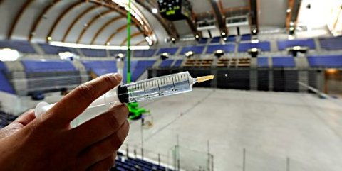 Vaksinen mot viruset som har herjet i snart et år er godkjent, og snart på vei til Lillehammer.