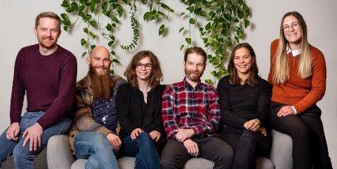 GRÜNDERNE: Halvor Wold (til venstre), Daniel Ekelund, Claire Degail, Magnus Nystad, Ingrid Lonar, Simone Englert
