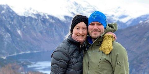 VALGTE VANG: Tobias Dybwad og Marte Rødal Wennemo flytter til Vang i Valdres så fort det nye huset er ferdig.