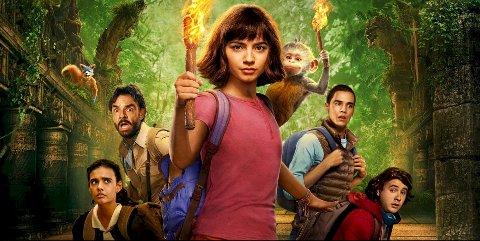 Dora og den gyldne byen: Dora and the Lost City of Gold) er er et underholdende actioneventyr i Indiana Jones-stil blandet med mye humor.